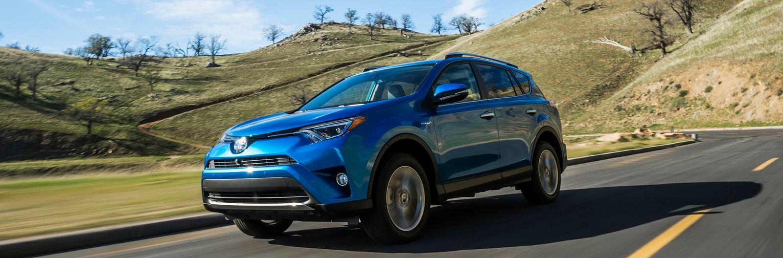 2016-Toyota-RAV4-Hybrid-1.jpg