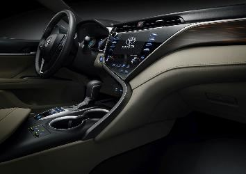 Detail_shot_interior_XLE_8.jpg